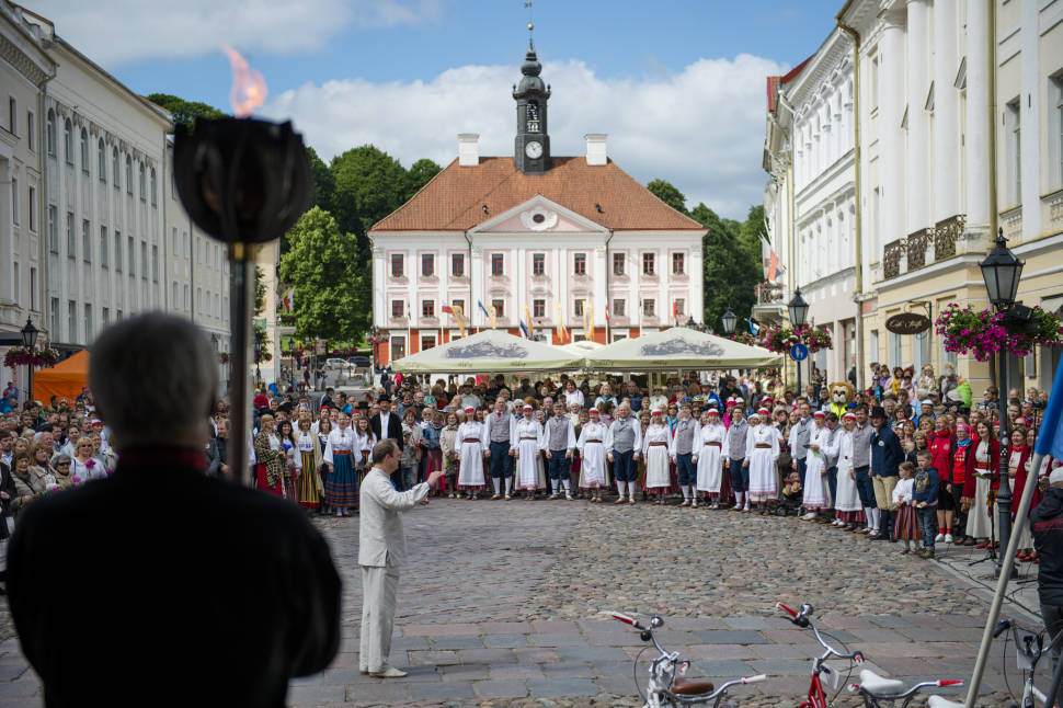 Best time for Massive Song and Dance Celebration (Laulupidu) in Estonia