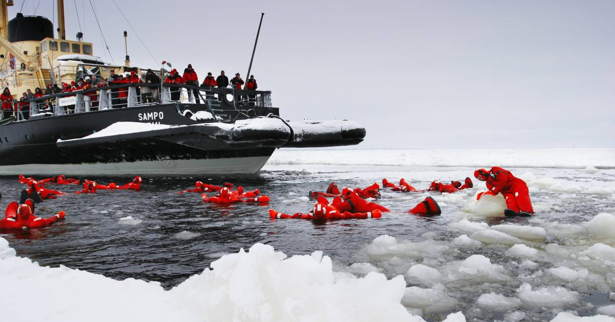 Icebreaker Cruise and Ice Floating in Finland - Best Time