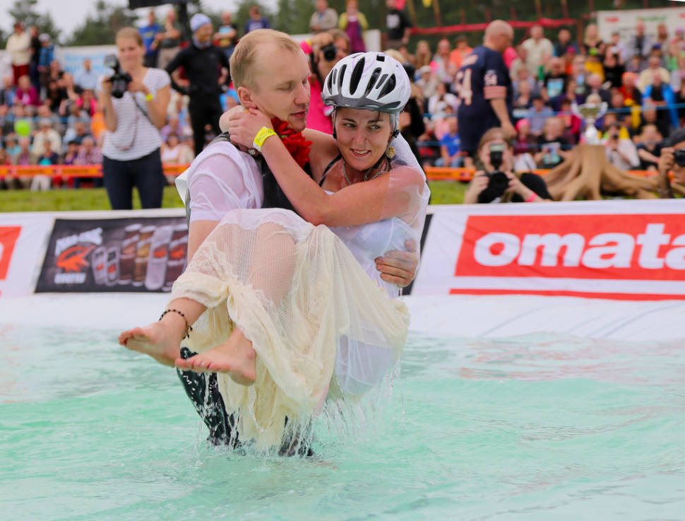 Wife Carrying World Championships in Finland - Best Time