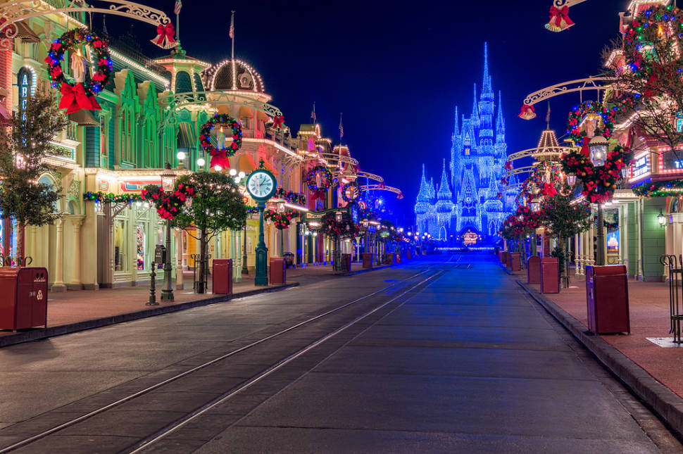 christmas at disney world in florida best time - Disneyworld Christmas
