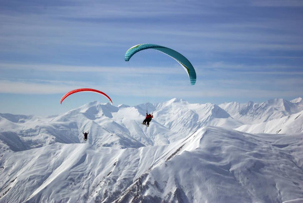 Paragliding Winter Season in Georgia - Best Time