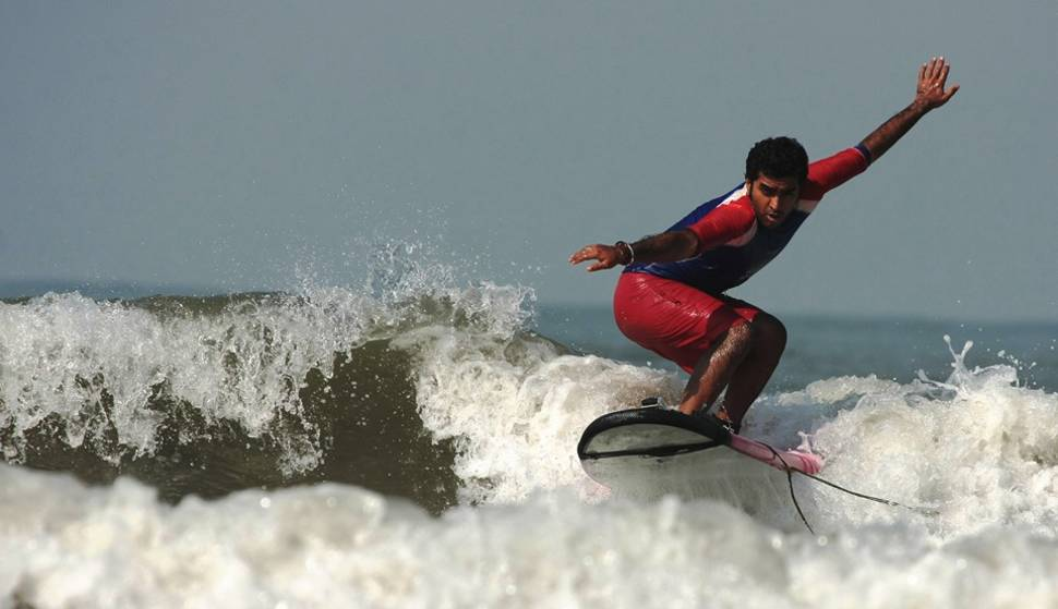 Surfing, Kitesurfing, and Windsurfing in Goa - Best Time