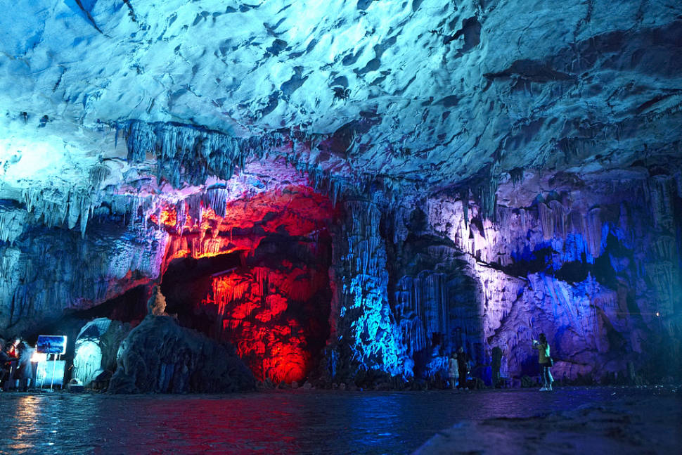 Reed Flute Cave in Guilin - Best Season