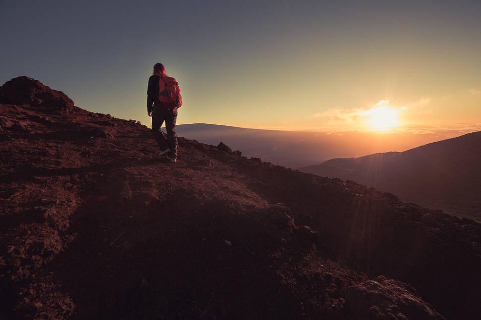 Hiking Mauna Kea in Hawaii - Best Season