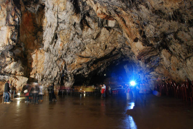 Best time to see Aggtelek Caves in Hungary