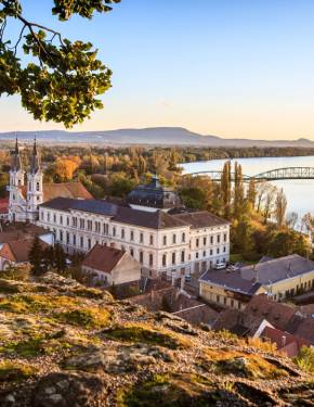 Best time to visit Hungary