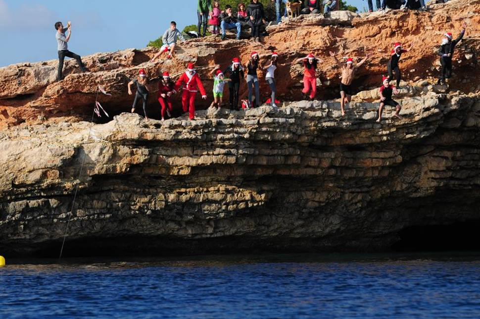 Best time for Christmas Cliff Jumping in Ibiza