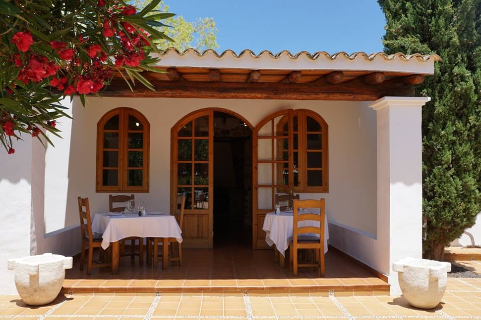 Best time for Typical Mediterranean Food in Ibiza