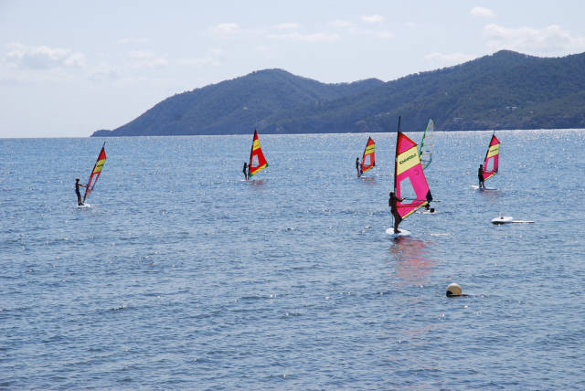 Windsurfing and Kitesurfing in Ibiza - Best Time
