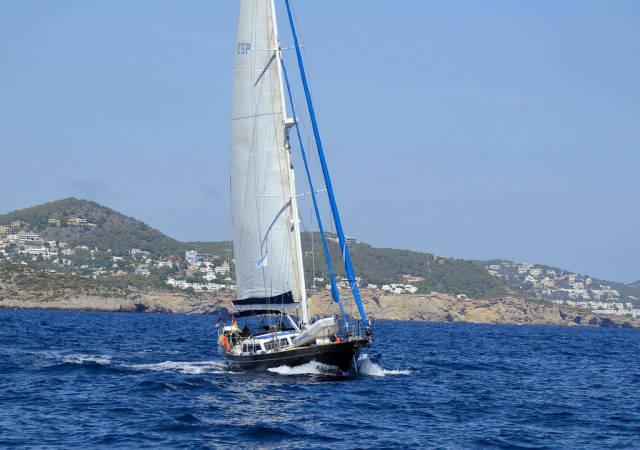 Yachting around Ibiza in Ibiza - Best Season