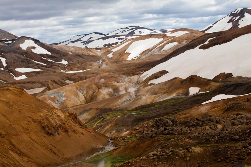 Best time to see Hveradalir in Kerlingarfjöll in Iceland