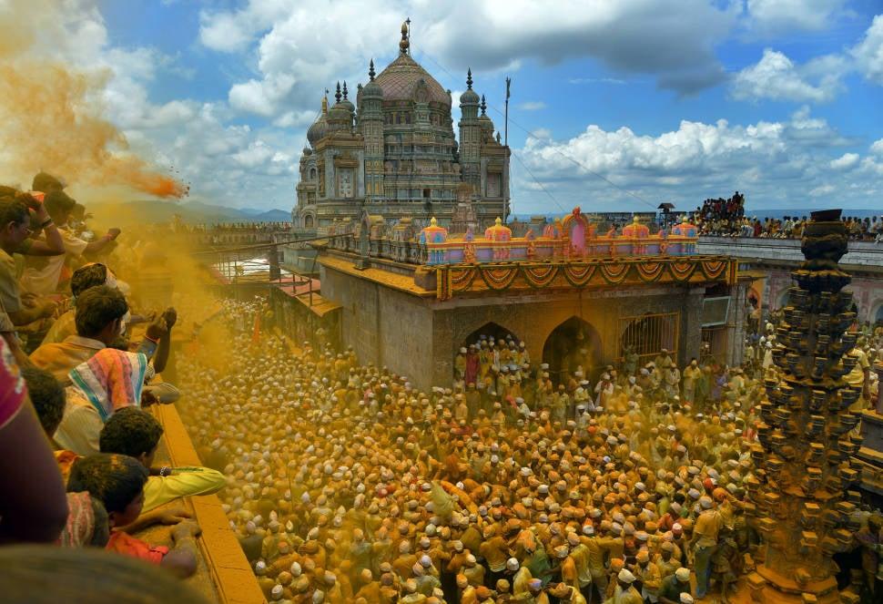 Somvati Utsav (Bhandara Festival) in India - Best Time