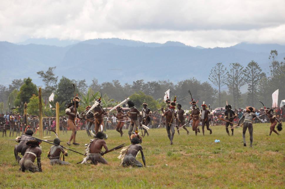 tribal mock war