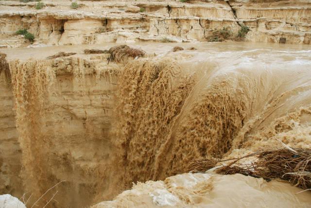 The Rebirth of River Zin in Israel - Best Season