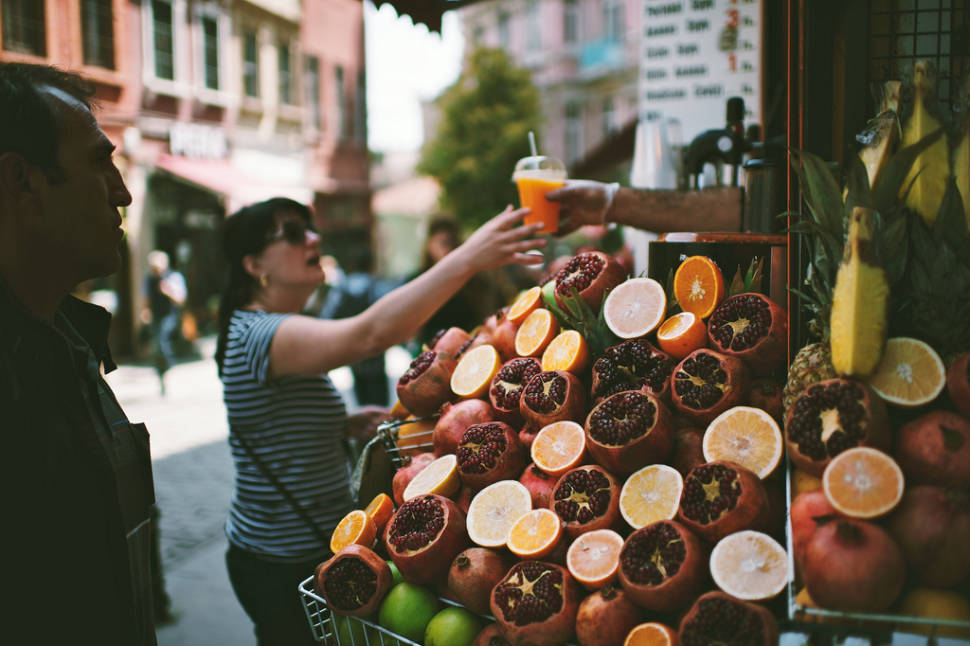 Best time for Pomegranate Fresh Juice in Istanbul