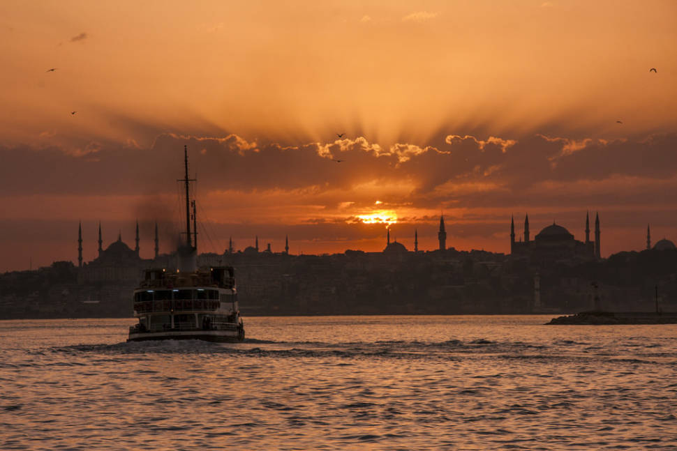 Best time for Sailing in Istanbul