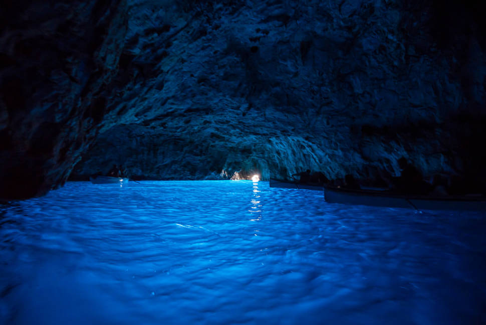best time to see blue grotto grotta azzurra capri in italy 2018