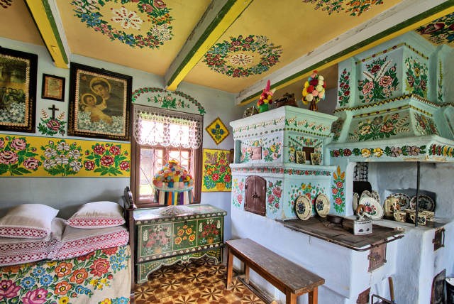 Painted Cottage Contest in Zalipie in Krakow - Best Season