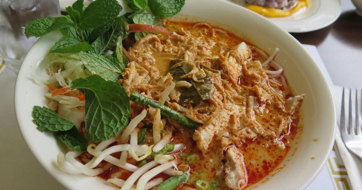 Khao Poun Soup in Laos - Best Time