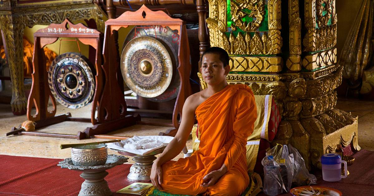 Meditation during Buddhist Holidays in Laos - Best Time