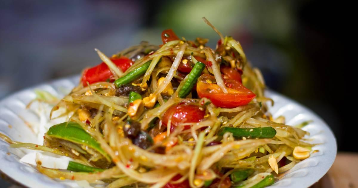 Tam Mak Houng or Papaya Salad in Laos - Best Time