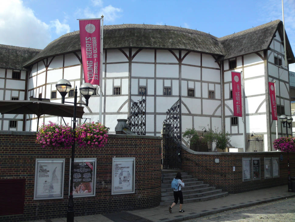 Globe Theatre in London - Best Time