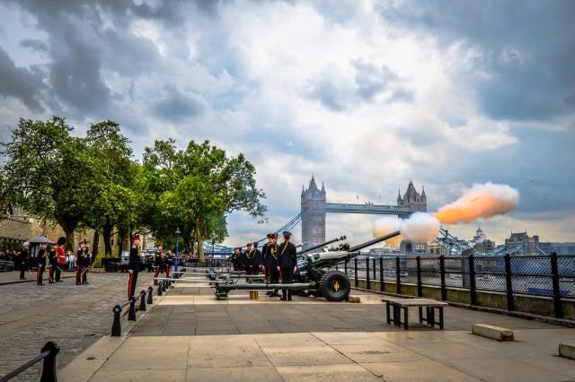 Royal Gun Salutes in London - Best Time