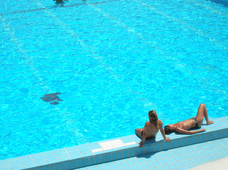 Public Swimming Pools in Madrid - Best Time