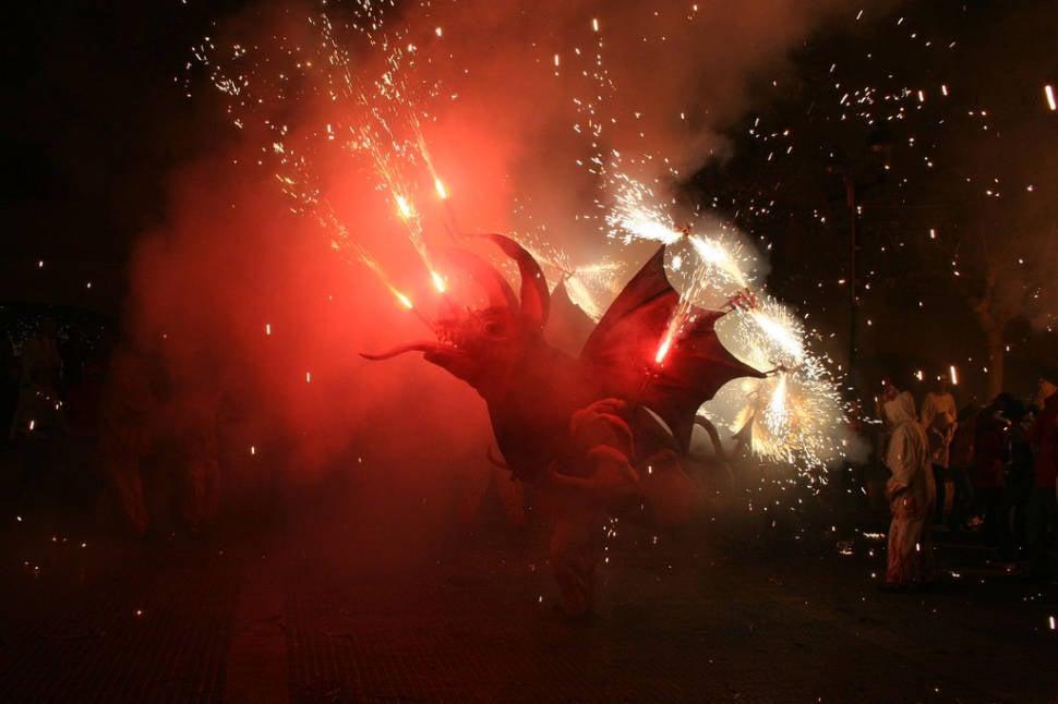 Best time for Nit de Foc (Fire Night)  in Mallorca