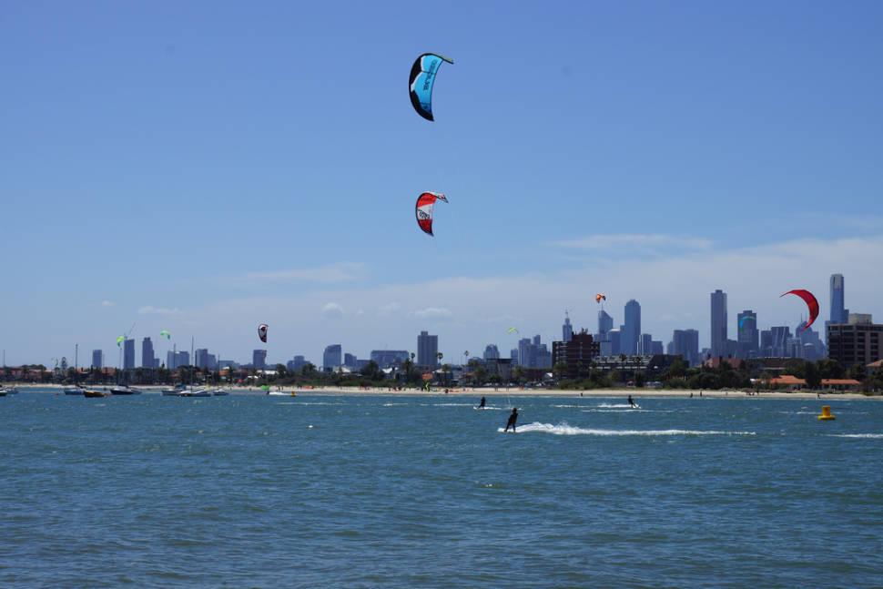 Kitesurfing at St Kilda Beach  in Melbourne - Best Time