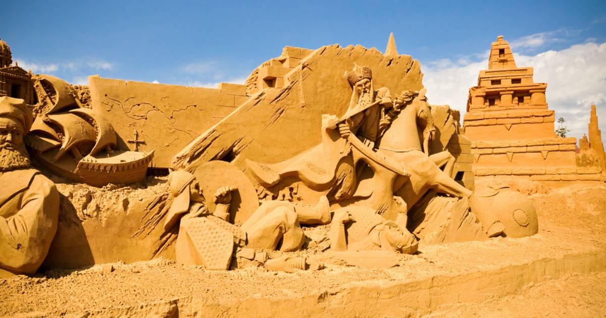 Sand Sculpting Australia in Melbourne - Best Time