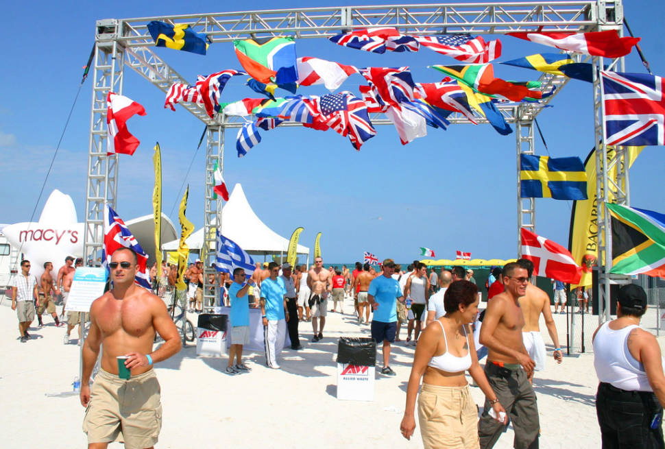 Winter Party Festival in Miami - Best Time