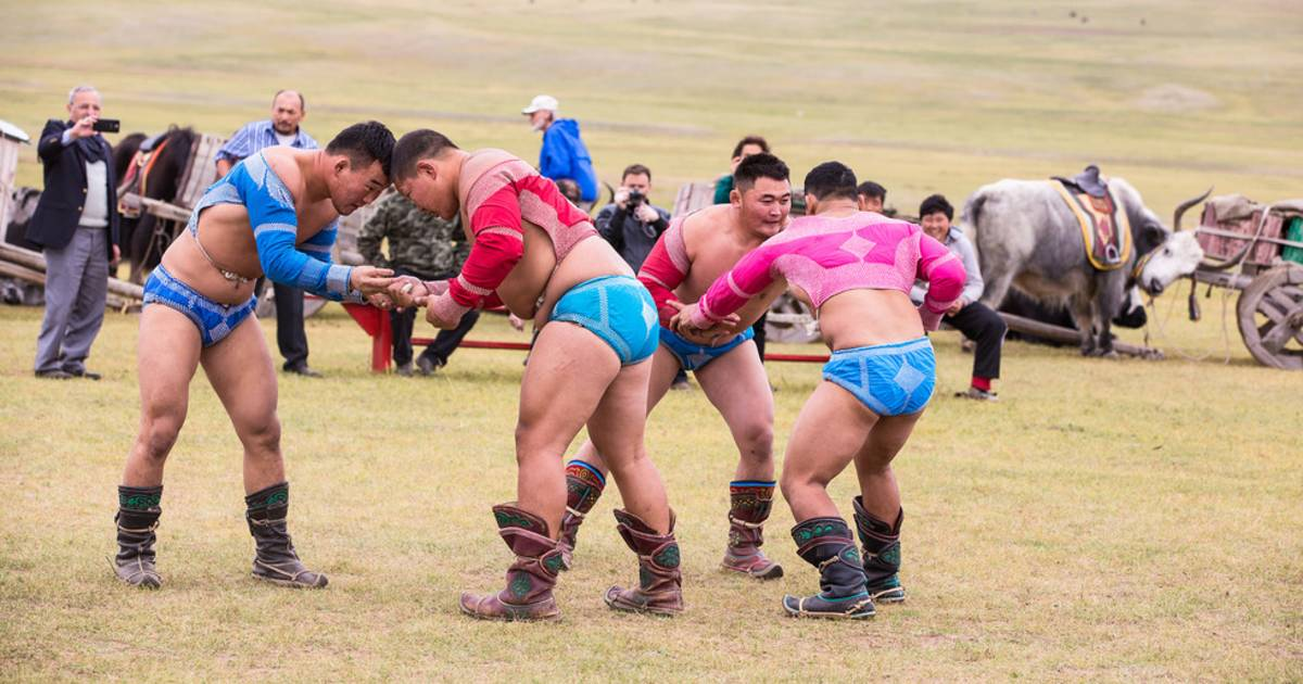 Bökh Wrestling in Mongolia - Best Time