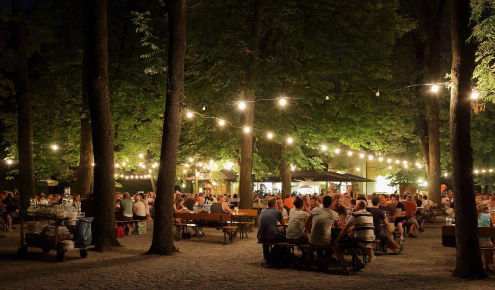 Beer Gardens in Munich - Best Time