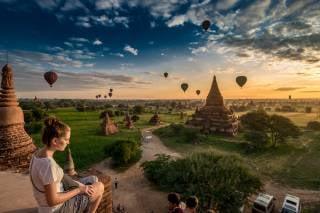 Air Ballooning over Bagan