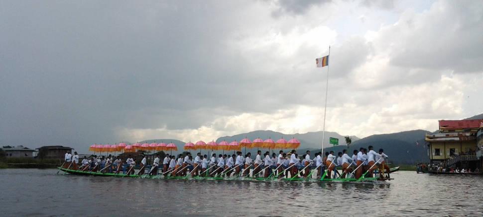 Best time for Phaung Daw Oo Pagoda Festival in Myanmar