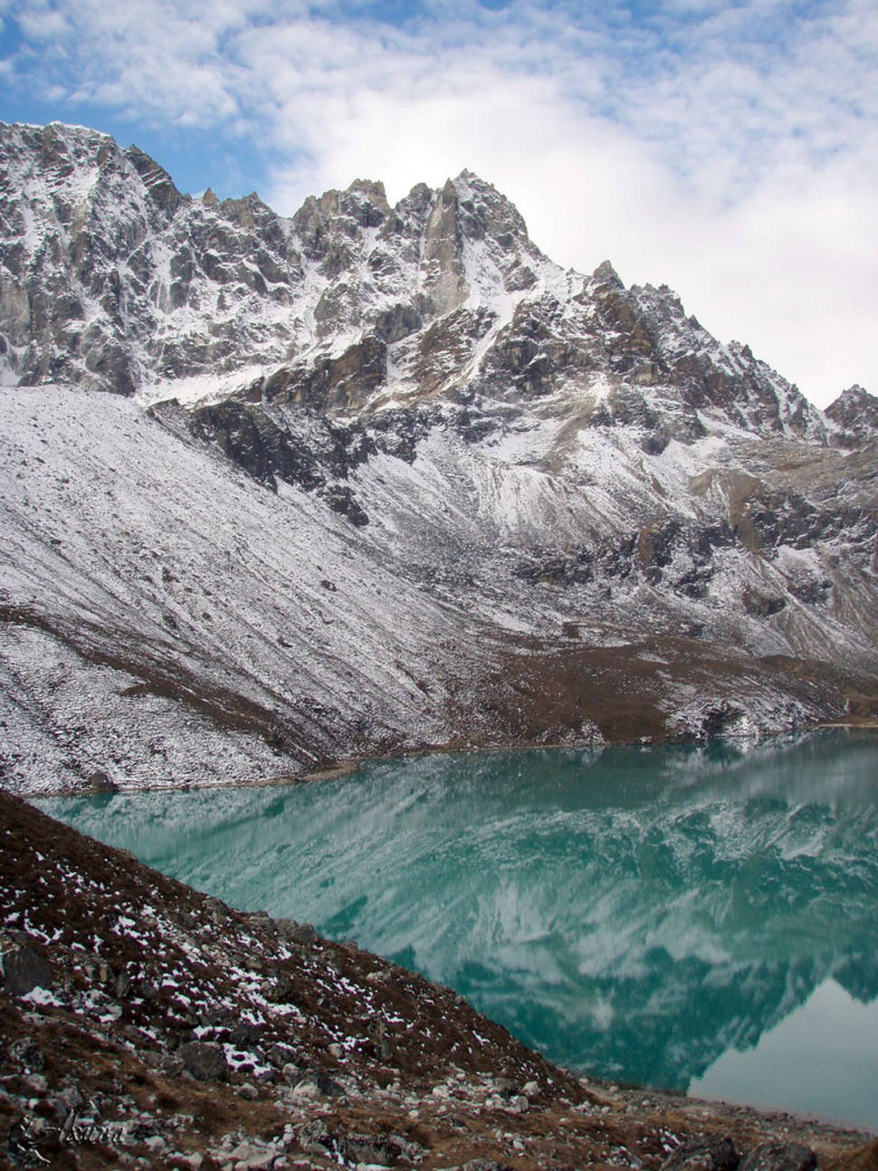 Best time for Observing Everest from the Gokyo Lakes in Nepal