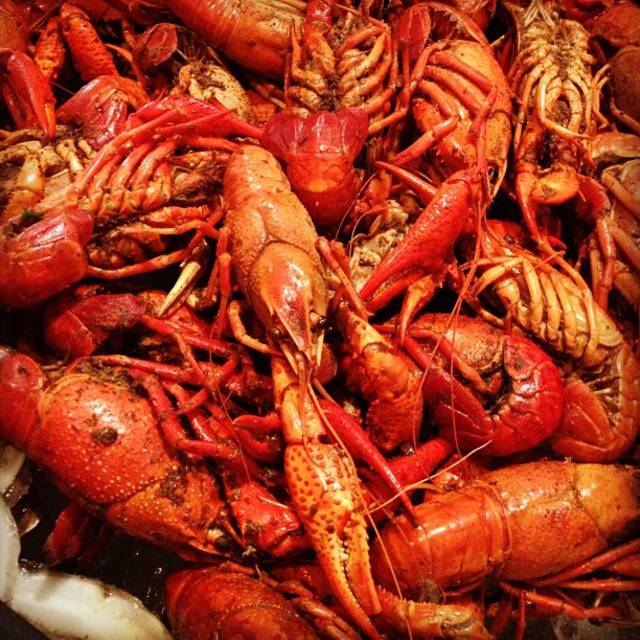 Crawfish Season in New Orleans - Best Time