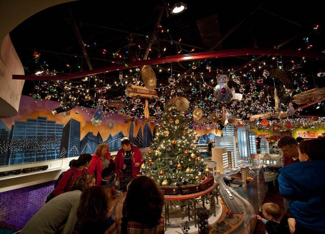 Grand Central Terminal and Vanderbilt Hall Christmas Market