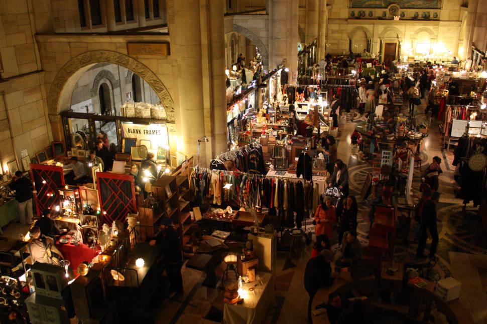 Flea Markets in New York - Best Season