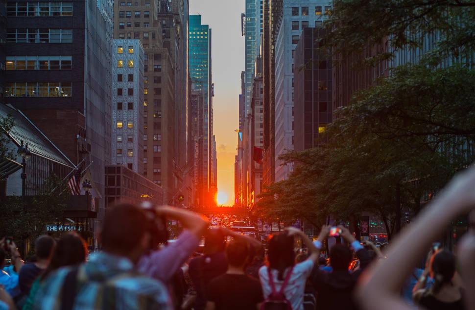 Manhattanhenge in New York - Best Season