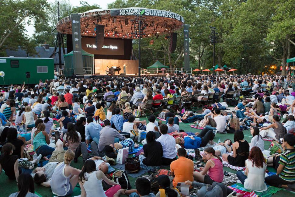 Metropolitan Opera in the Parks in New York - Best Time