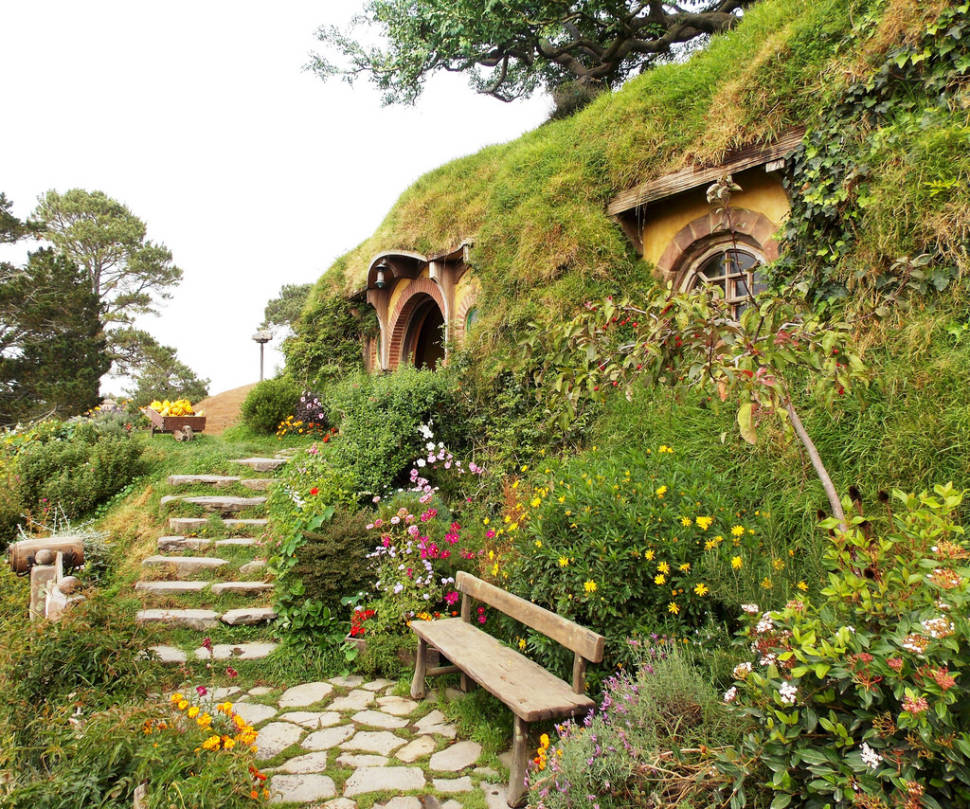 Hobbiton in New Zealand - Best Season