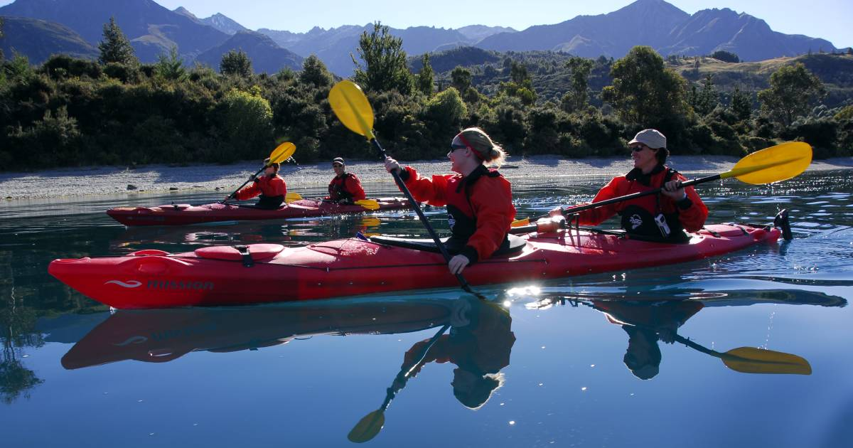Kayaking in New Zealand - Best Time