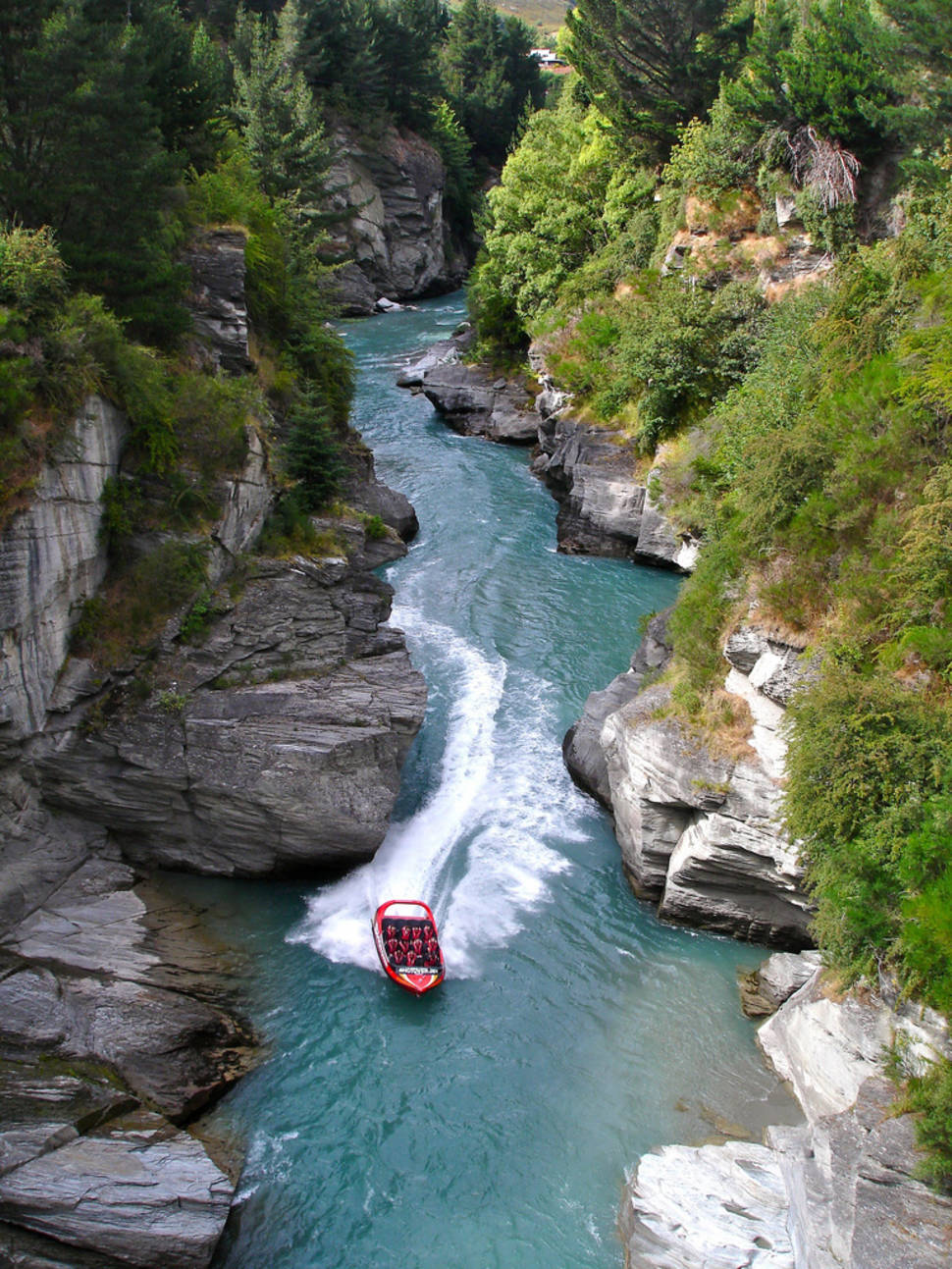 Best time for Shotover Canyon in New Zealand