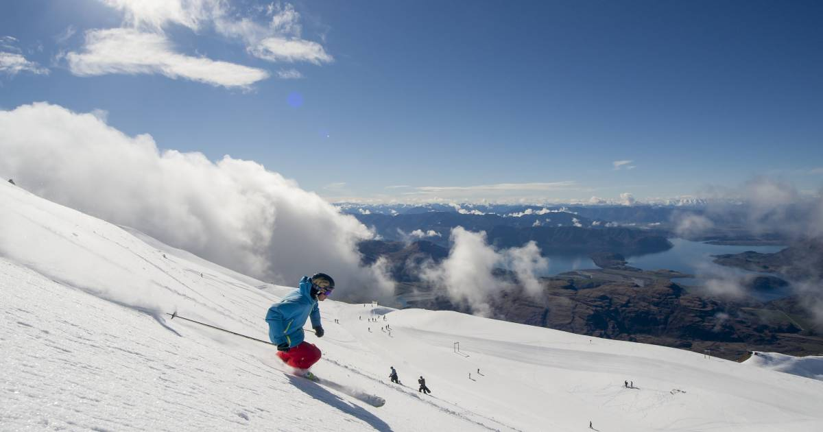 Skiing in New Zealand - Best Time