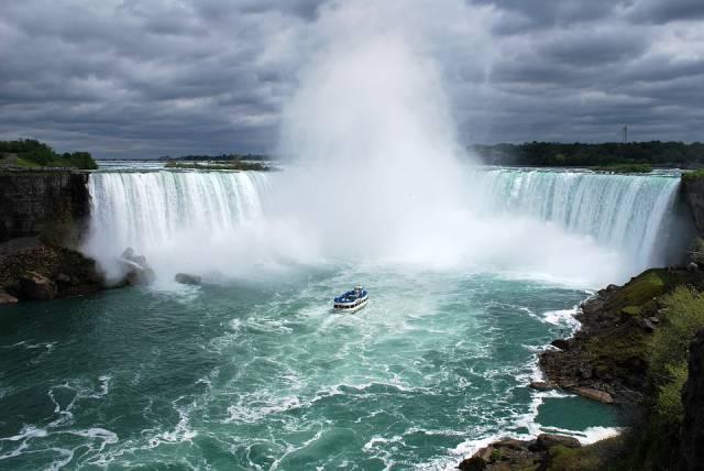 Maid of the Mist Boat Rides in Niagara Falls - Best Season