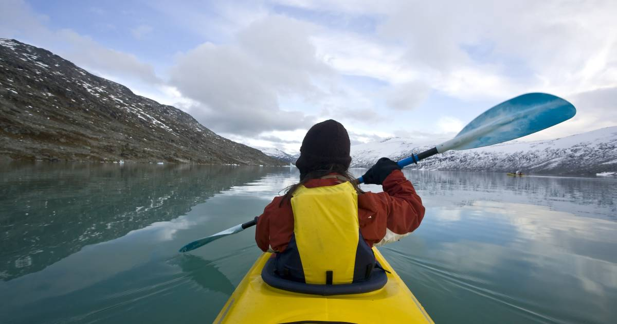 Glacier Lake Kayaking in Norway - Best Time