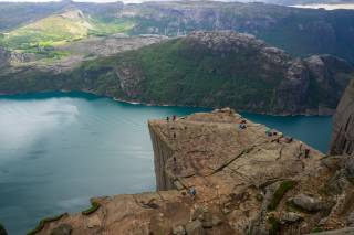 Hike to Preikestolen (Pulpit Rock)