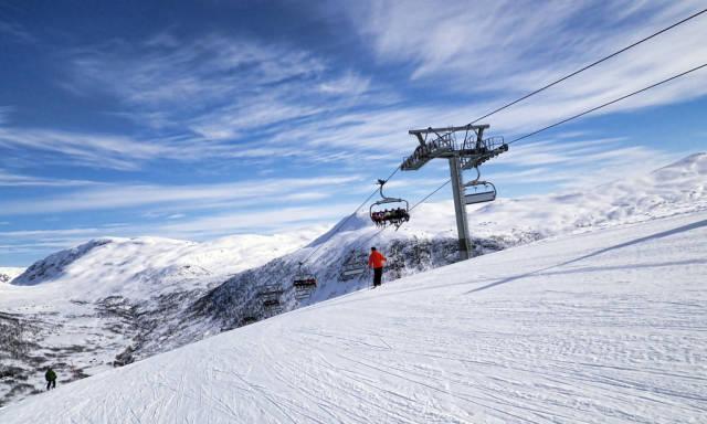 Skiing and Snowboarding in Norway - Best Season